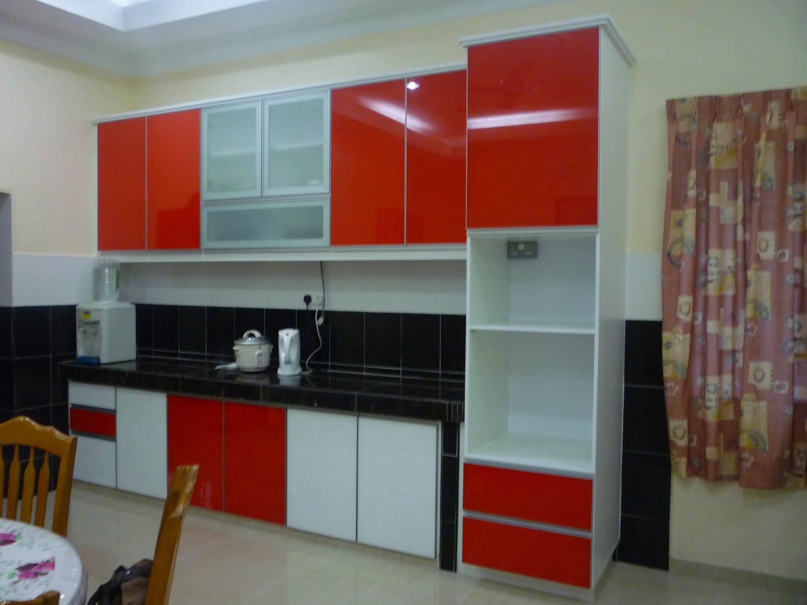 Red And White Kitchen Cabinets Acnn Decor