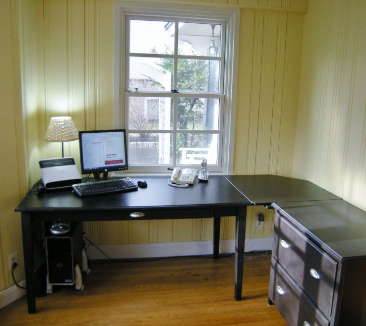 Small Corner Office Desk For Home Of Full Size Of Puter Rooms Ideas