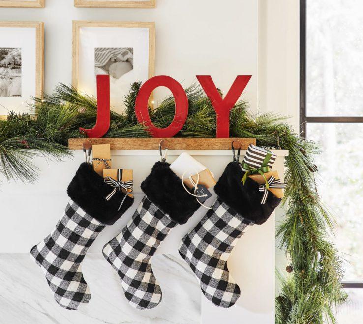 Wonderful Fireplace Decor Ideas Modern Of Holiday