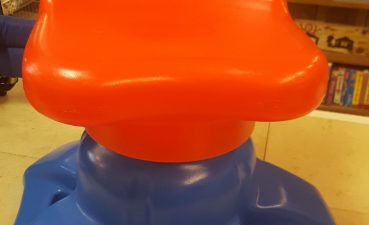 Ing Child Size Desk Of Little Tikes Art Desk Swivel Chair Child Size