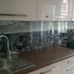 Printed Glass Backsplash Of Kitchen With Digital Printing Made Of Tempered